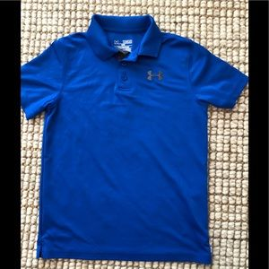 Boys Under Armour polo shirt.  Loose fit. Size M